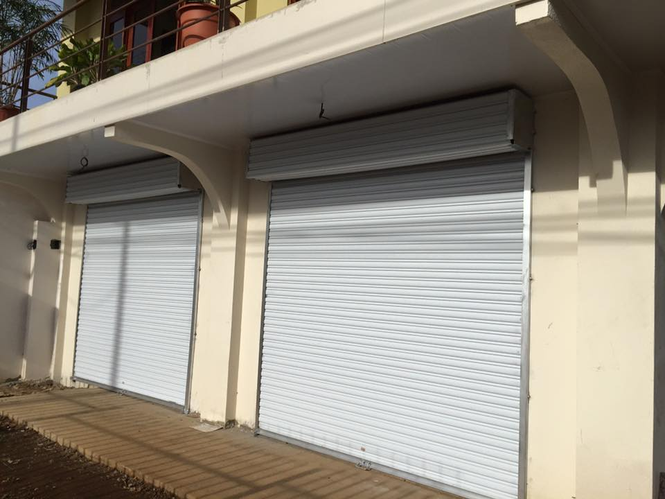 Cortinas arrollables esmaltadas